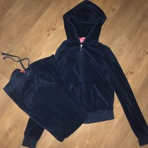 Juicy Couture Track Suit size Small Petite